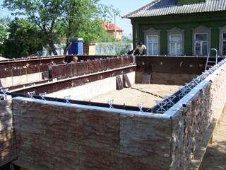 Пример использования Технологии монолитного строительства Техноблок для возведения жилого дома.