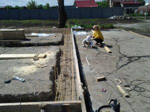 Техноблок. Армирование фундамента стекло пластиковой арматурой. Пермь